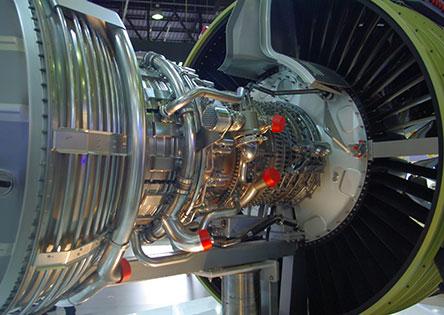 Usineur dans l'aéronautique, un métier technique très demandé dans une conjoncture favorable
