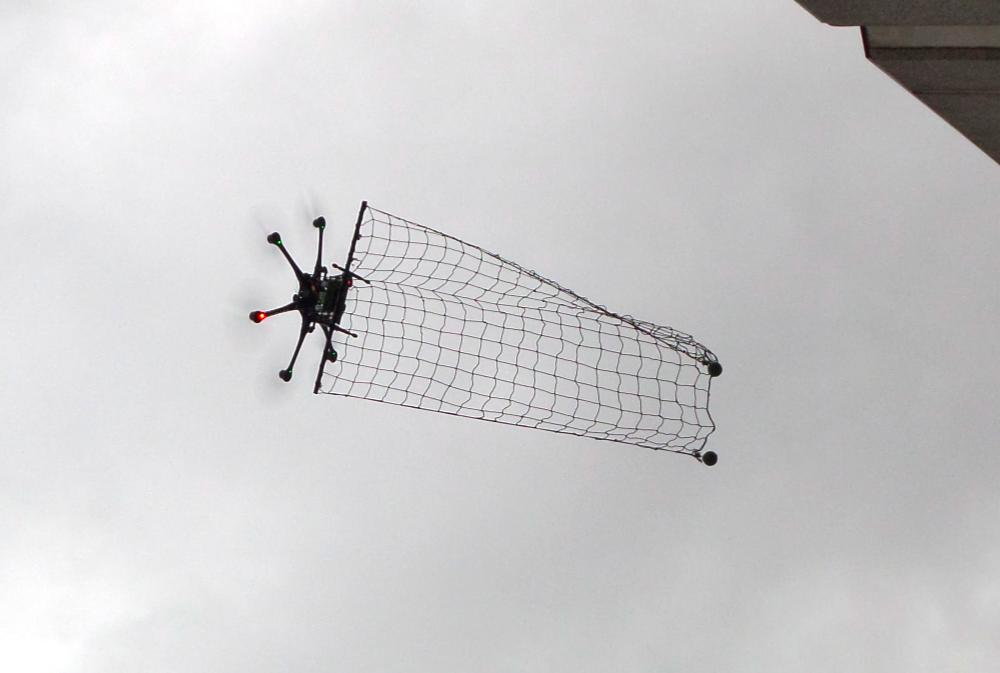 La guerre des drones – Air et Cosmos