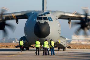 Le crash de l'A400M pourrait être dû au calculateur des moteurs – Défense