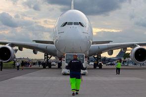 Vidéo : l'A380, du premier vol de 2005 à l'optimisation de l'espace en cabine – Aéronautique