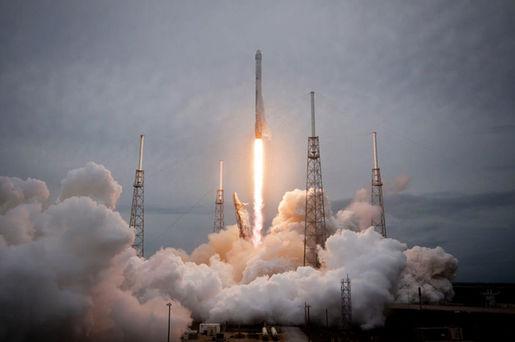 SpaceX veut déployer sa constellation de satellites pour connecter le monde dès l'année prochaine