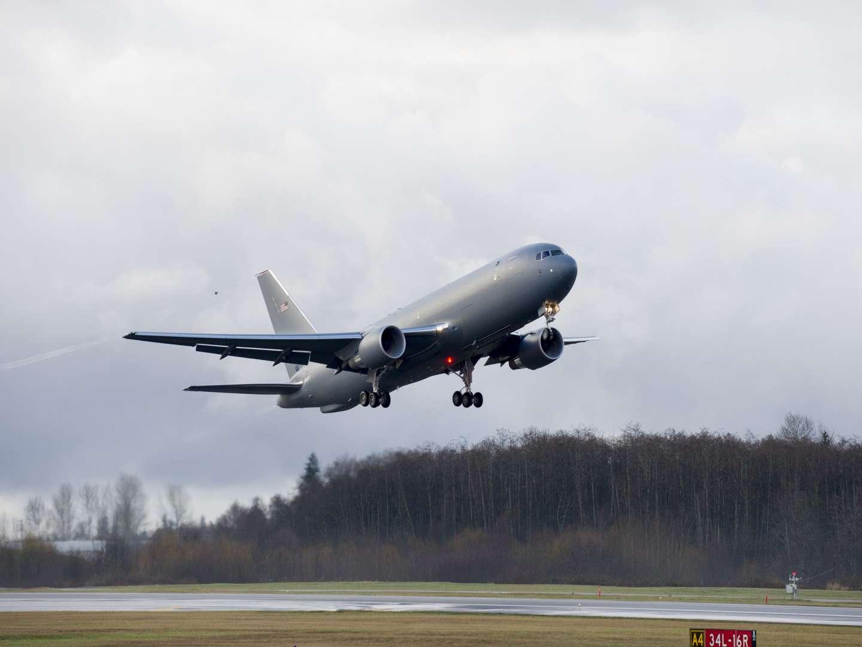 Décollage difficile pour le nouveau ravitailleur de Boeing – Air&Cosmos