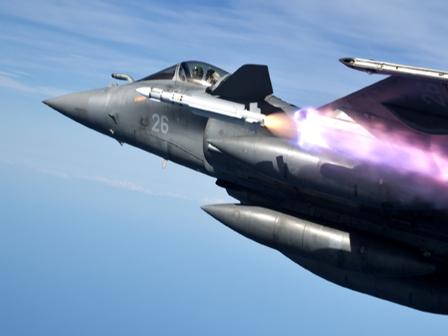 Export d'armes : 2015, l'année de tous les records ! – Air&Cosmos