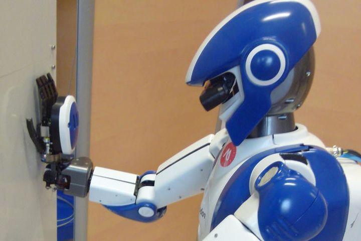 Airbus Group veut développer des robots humanoïdes manufacturiers