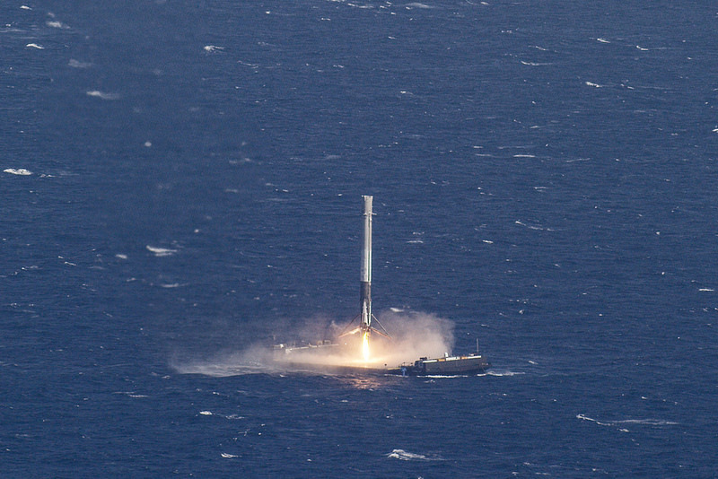 Appontage réussi pour SpaceX – Air&Cosmos
