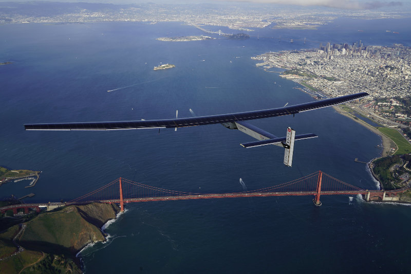 Solar Impulse s'est posé à Moffett Airfield, en Californie – Air&Cosmos
