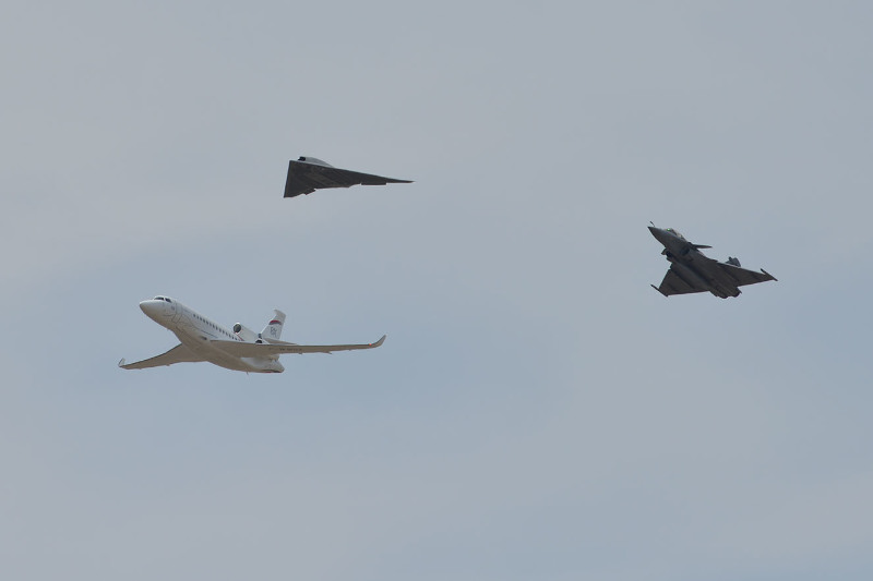 Une première mondiale pour le Dassault Neuron à Istres – Air&Cosmos