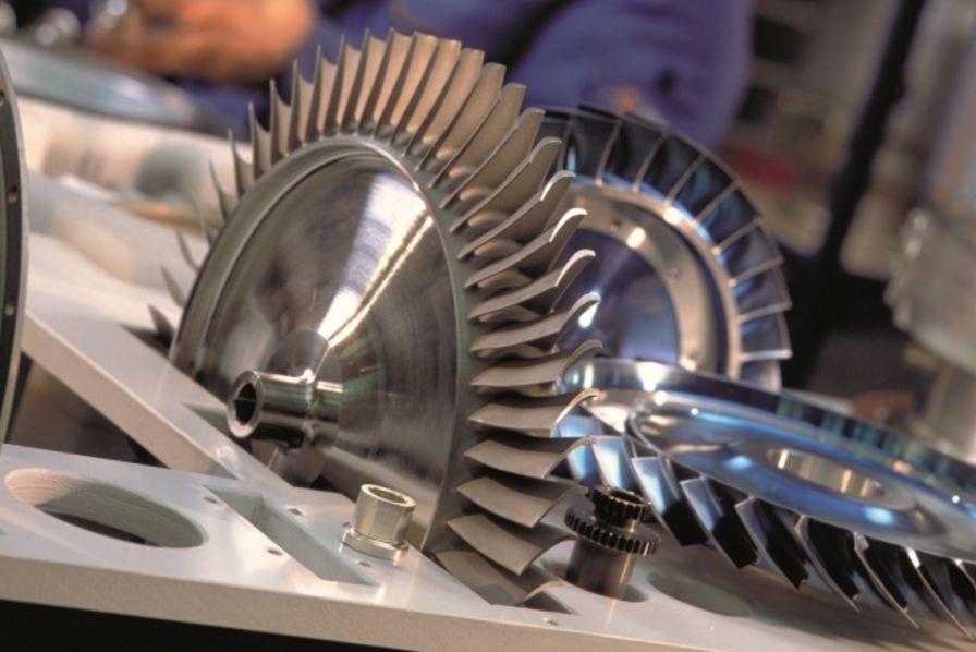 Turbomeca modernise son usine de Tarnos dans les Landes