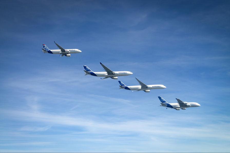[Vidéo] Quatre avions d'Airbus volent en parfaite formation