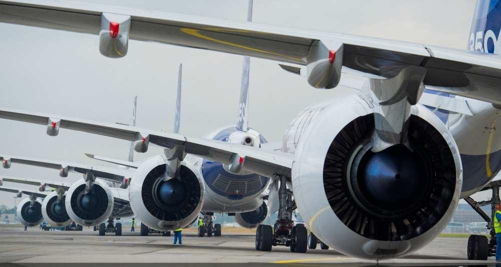 L'aéronautique touchée par les plans de restructuration, Services – Conseil