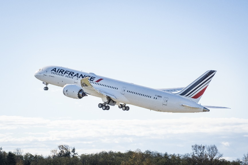 Air France reçoit son premier Boeing 787 – Air&Cosmos