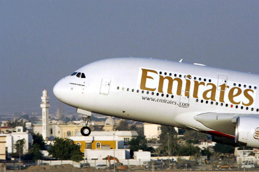 Airbus va reporter d'un an 12 livraisons d'A380 à Emirates