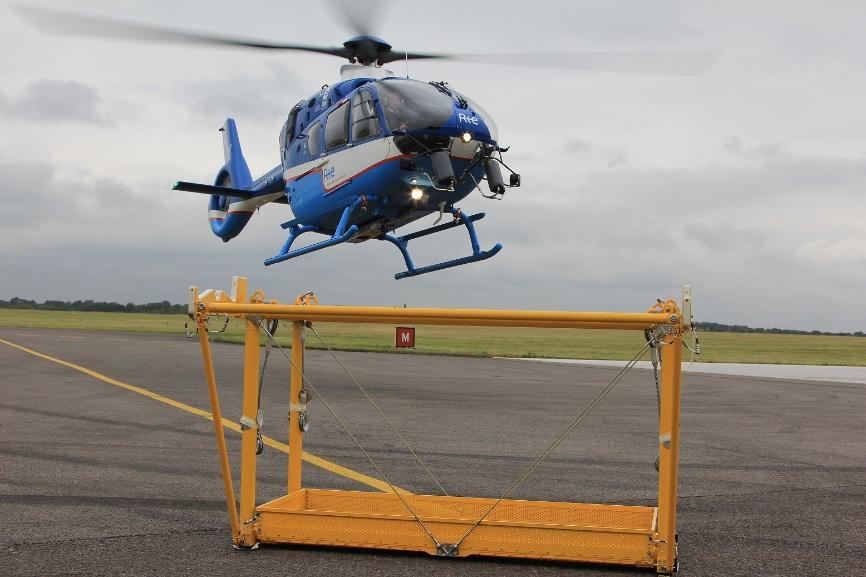 Airbus Helicopters va customiser les H135 de RTE – Air&Cosmos