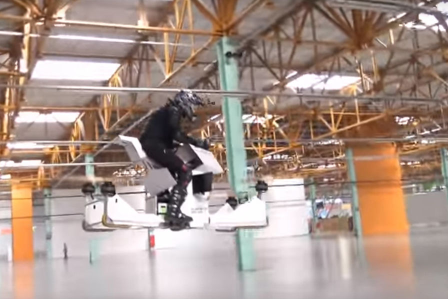 [L'industrie c'est fou] Entre drone et moto, une société dévoile son hoverbike Scorpion-3