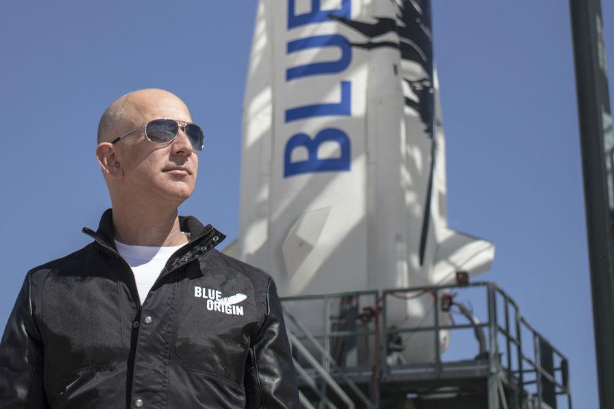 [Vidéo] En 24 heures, le lanceur New Glenn de Blue Origin se dote d'un moteur et d'un premier contrat