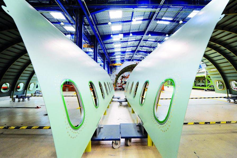 Stelia Aerospace inaugure son usine du futur à Méaulte