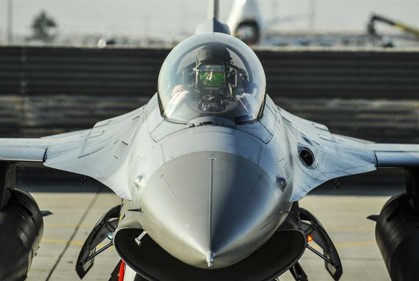 Etats-Unis : crash d'un F-16 – Air&Cosmos
