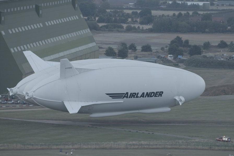 Le drôle de dirigeable Airlander 10 se dote de deux airbags