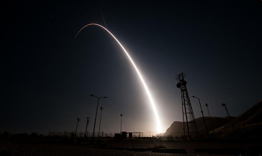 Etats-Unis : essai de tir balistique avec le Minuteman III – Air&Cosmos