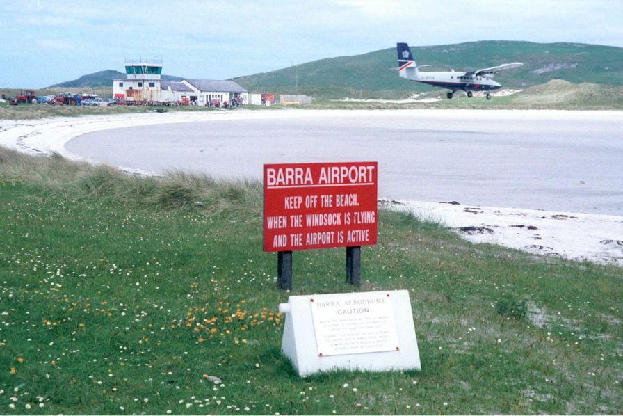 [Vidéo] Sur cette île, les avions sont invités à atterrir sur… la plage