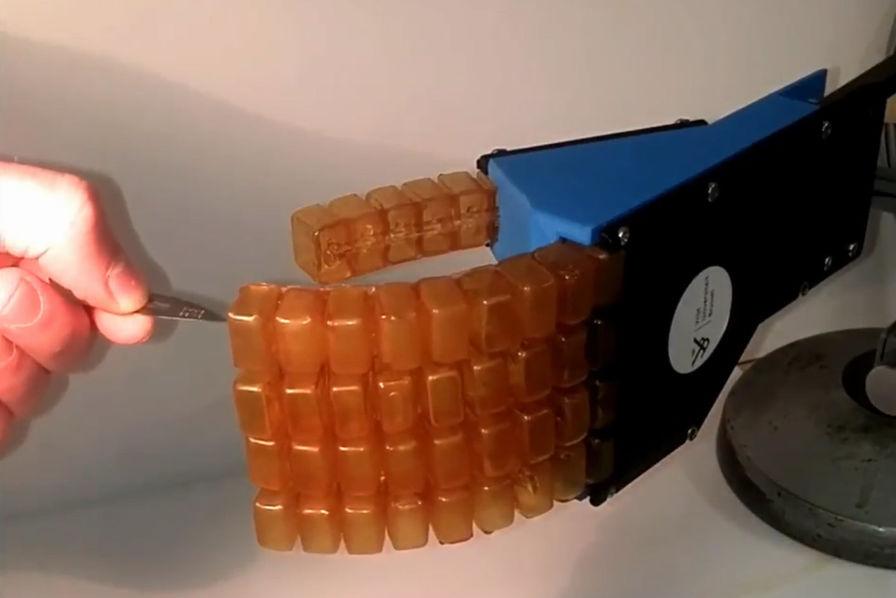 [L'industrie c'est fou] Un polymère auto-cicatrisant pour recouvrir des robots mous
