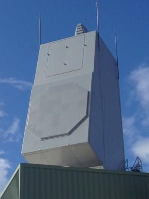 Le radar AN/SPY-6(V) de Raytheon parvient à suivre plusieurs missiles simultanément – Air&Cosmos