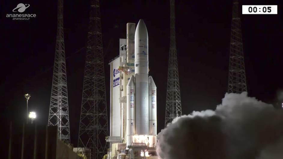 Ariane 5 enchaîne