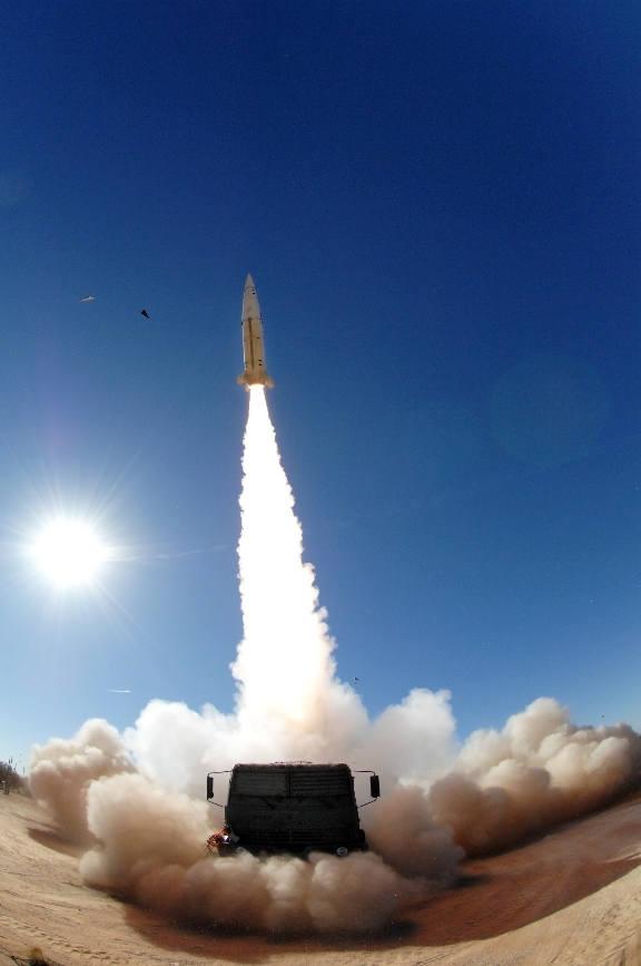 Lockheed Martin réussi un nouveau test avec son missile ATACMS modernisé