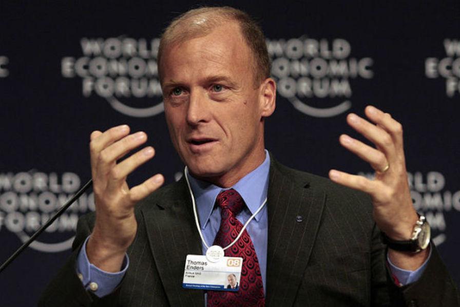 Airbus s'enfonce dans la crise, la valse des dirigeants commence