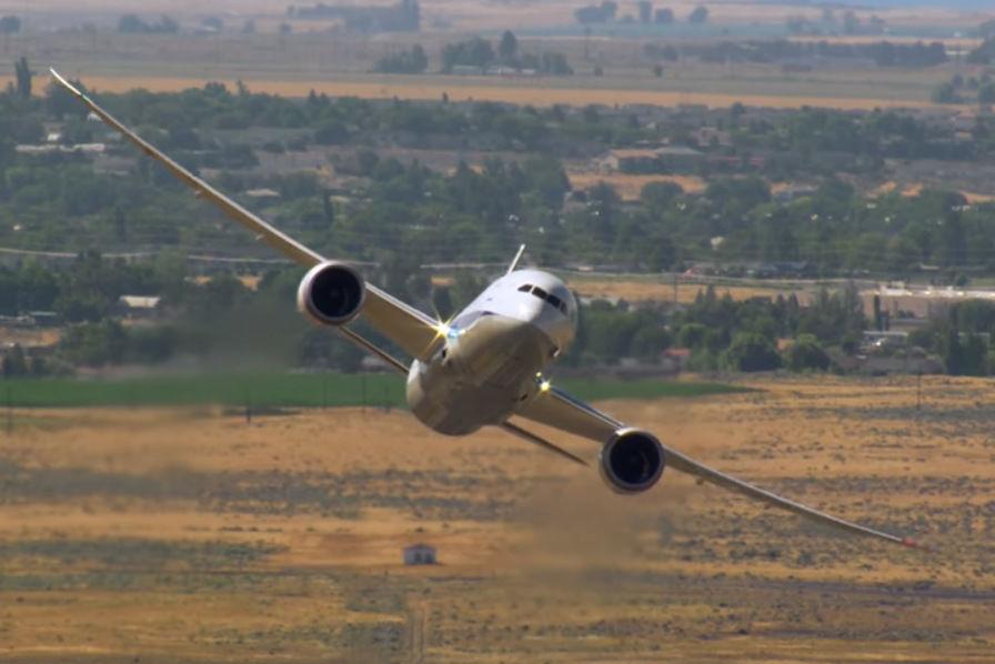 Le Boeing 787 Dreamliner, premier avion à intégrer des composants en titane imprimés en 3D… grâce au français Mecachrome