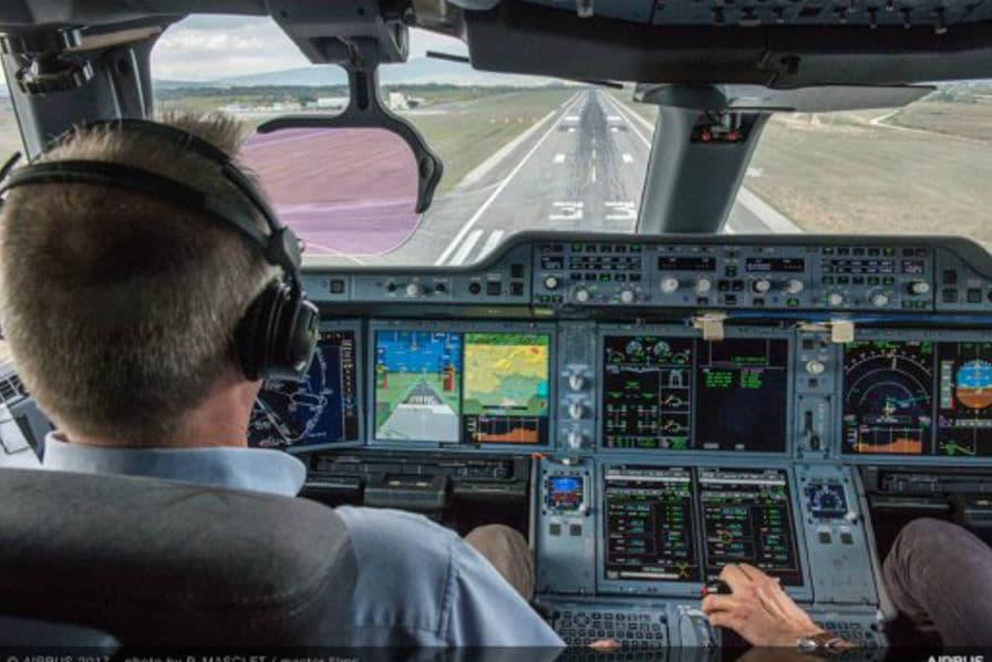 [En images] Comment Airbus initie une conduite plus manuelle dans les avions