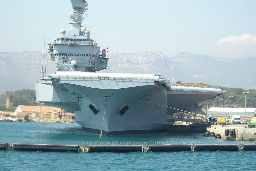 Un nouveau porte-avions à l'horizon