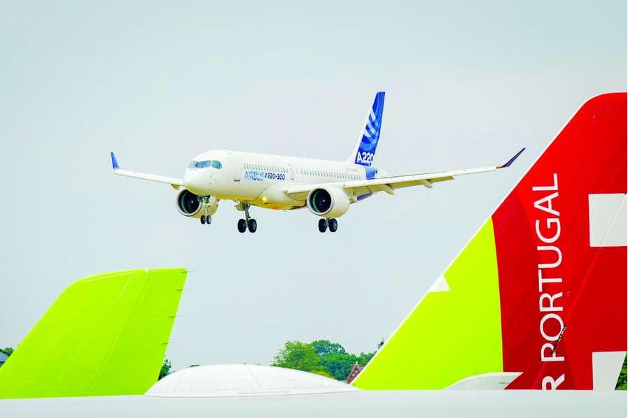 Airbus et Boeing tutoient les cimes