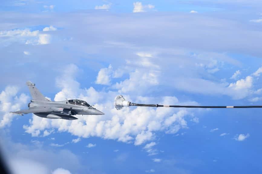 Dissuasion : Exercice de tir de missile ASMPA par les Rafale B des FAS