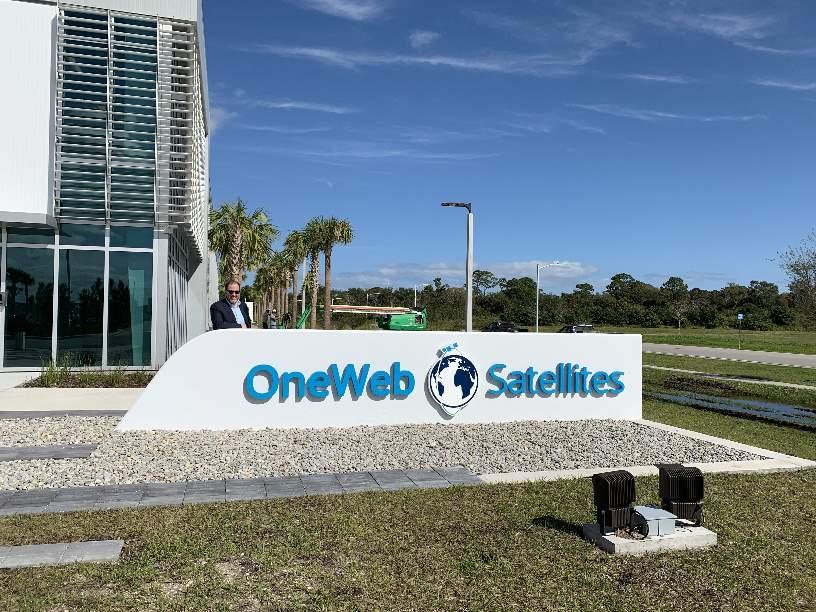 L'usine OneWeb Satellites en Floride bientôt opérationnelle