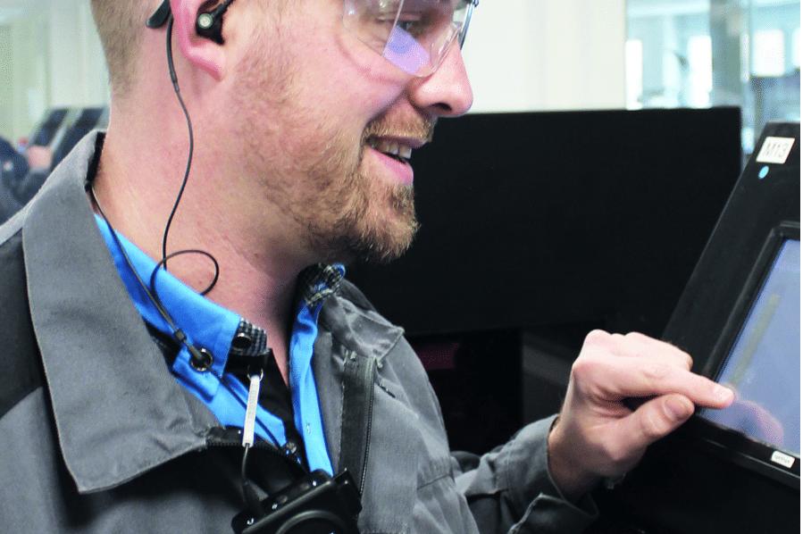 L'oreillette de Cotral Lab permet de communiquer dans le bruit – Electronique