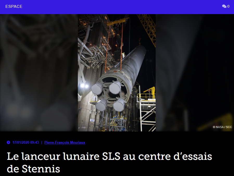 Le lanceur lunaire SLS au centre d'essais de Stennis