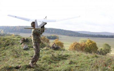 L'armée américaine développe des drones capables de changer de forme en plein vol