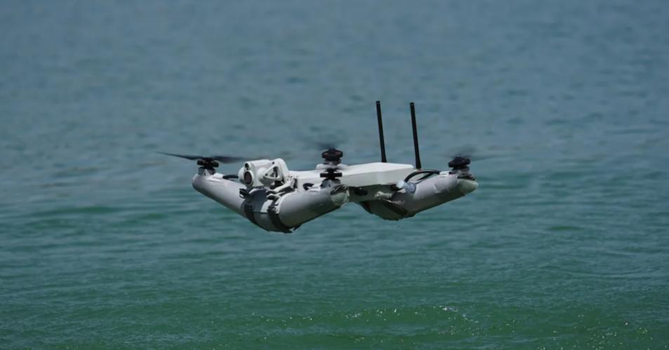 Diodon Drone Technology lance le premier drone gonflable, testé par l'armée française   Les Echos