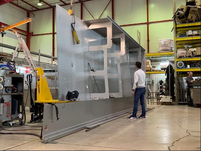 Livraison d'une nouvelle machine de nettoyage hors norme pour la défense