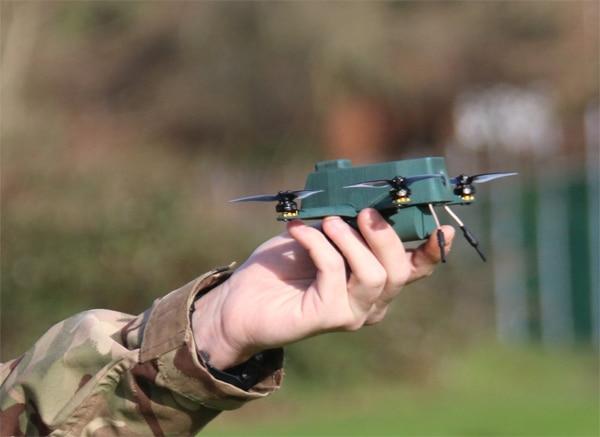 L'armée britannique teste le nano drone «à toute épreuve» Bug ‹ infohightech