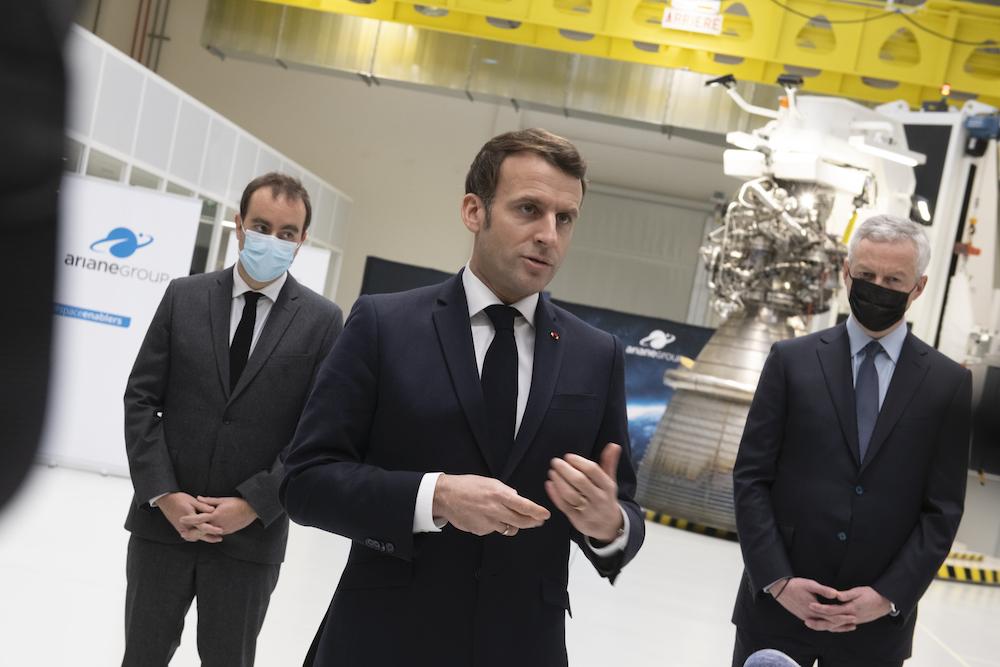 ArianeGroup : visite d'Emmanuel Macron et signature d'un contrat avec le CNES pour les essais du nouveau moteur Prometheus