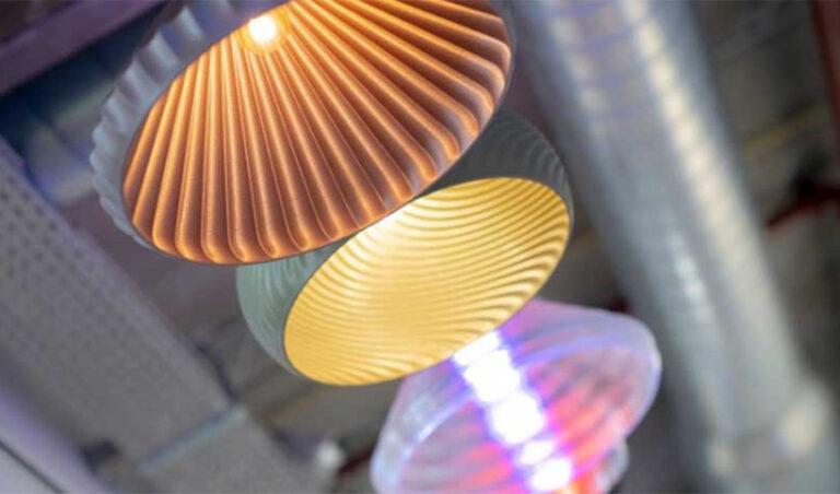 Signify imprime en 3D des luminaires recyclables – 3Dnatives
